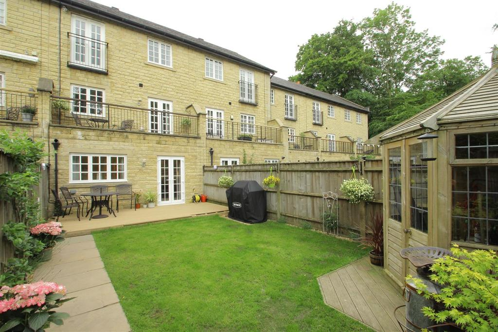 3 Bedrooms Town House for sale in Corn Mill Mews, Whalley