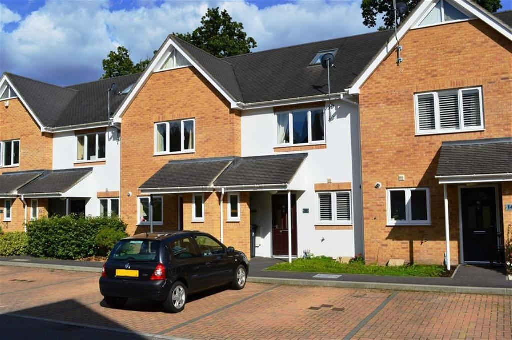 3 Bedrooms Terraced House for sale in Olivia Close, Wimborne, Dorset