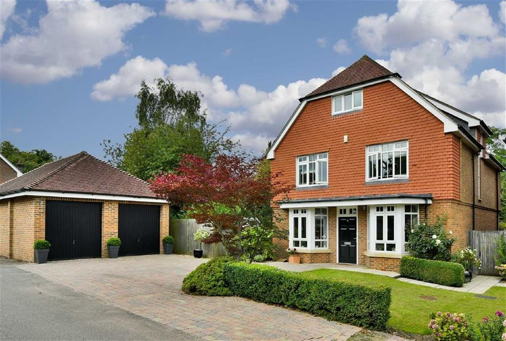 5 Bedrooms Detached House for sale in Mintwater Close, Epsom, Surrey