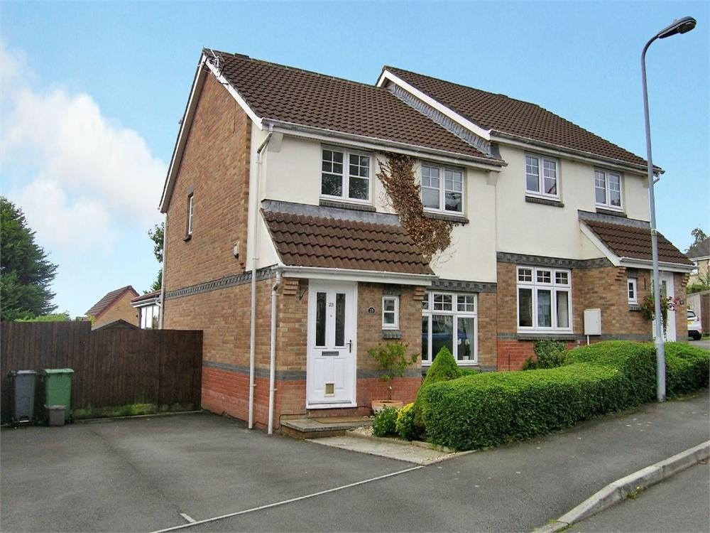 4 Bedrooms Semi Detached House for sale in Tramore Way, Pontprennau, Cardiff
