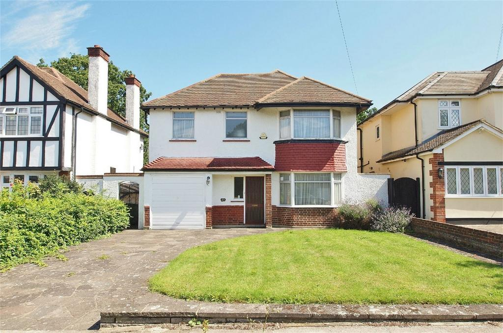 4 Bedrooms Detached House for sale in Woodmere Way, Park Langley, Beckenham, Kent
