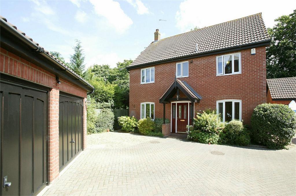 4 Bedrooms Detached House for sale in Teasel Close, Dereham, Norfolk