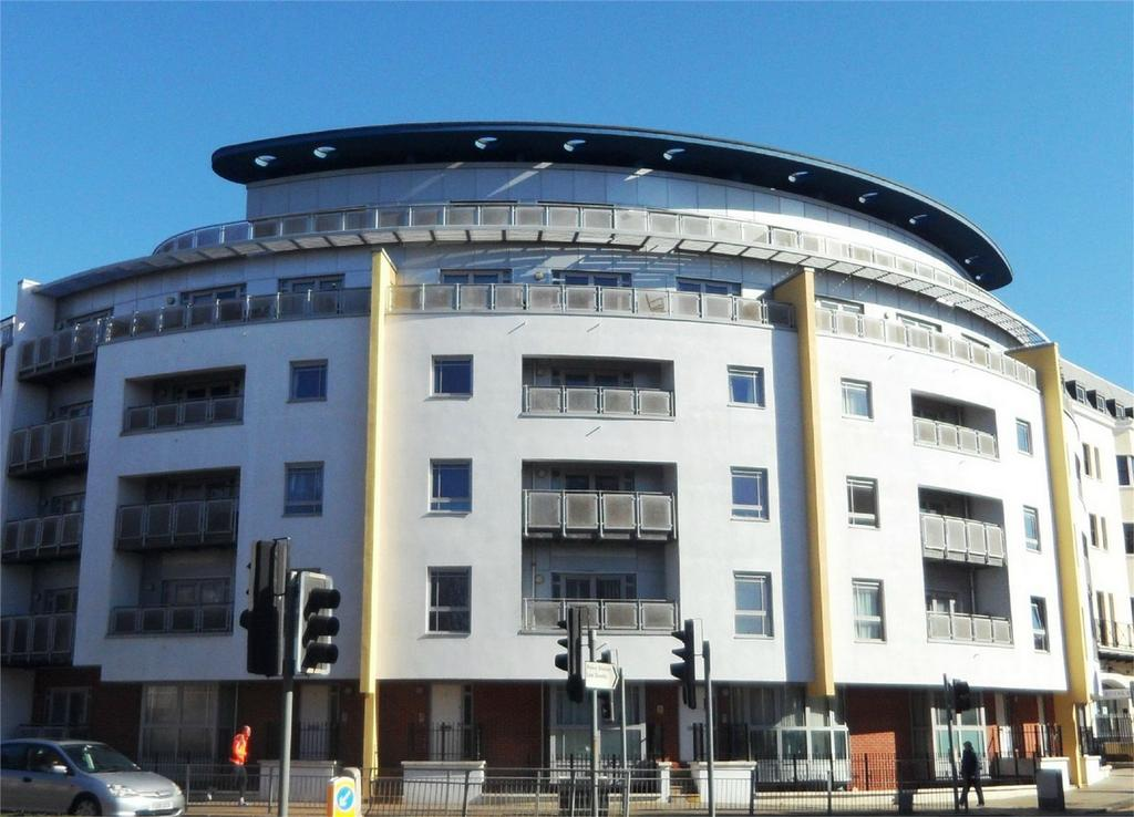 2 Bedrooms Flat for rent in Grand Parade, BRIGHTON, East Sussex