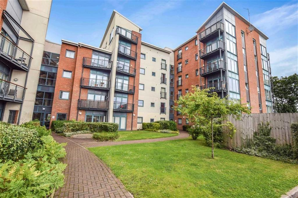 3 Bedrooms Apartment Flat for sale in Compass Point, Baguley, Manchester, M23