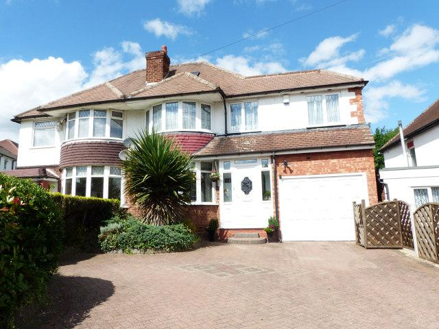 4 Bedrooms Semi Detached House for sale in Longmoor Road,Sutton Coldfield,West Midlands