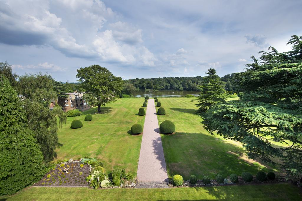 3 Bedrooms Apartment Flat for sale in Little Aston Hall