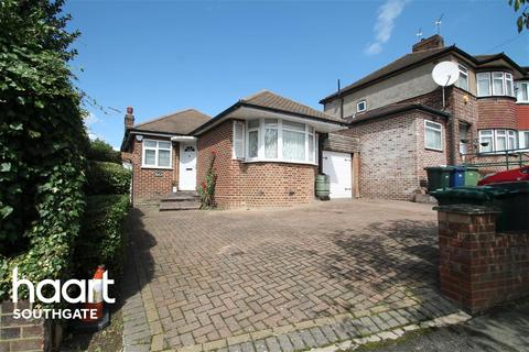3 bedroom bungalow to rent - Bevan Road, EN4