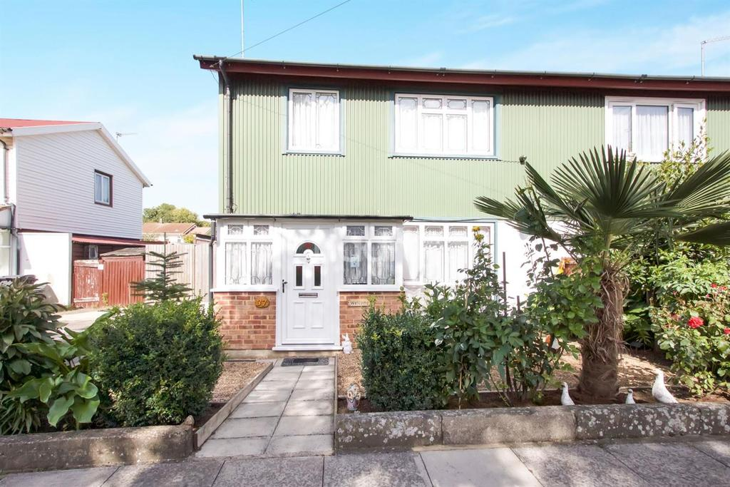 3 Bedrooms Semi Detached House for sale in Wallcote Avenue, NW2