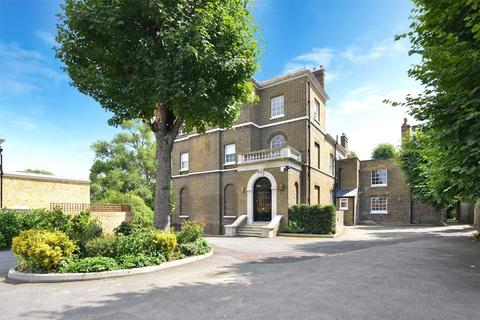 5 bedroom detached house to rent - Rush Grove Street, London, SE18