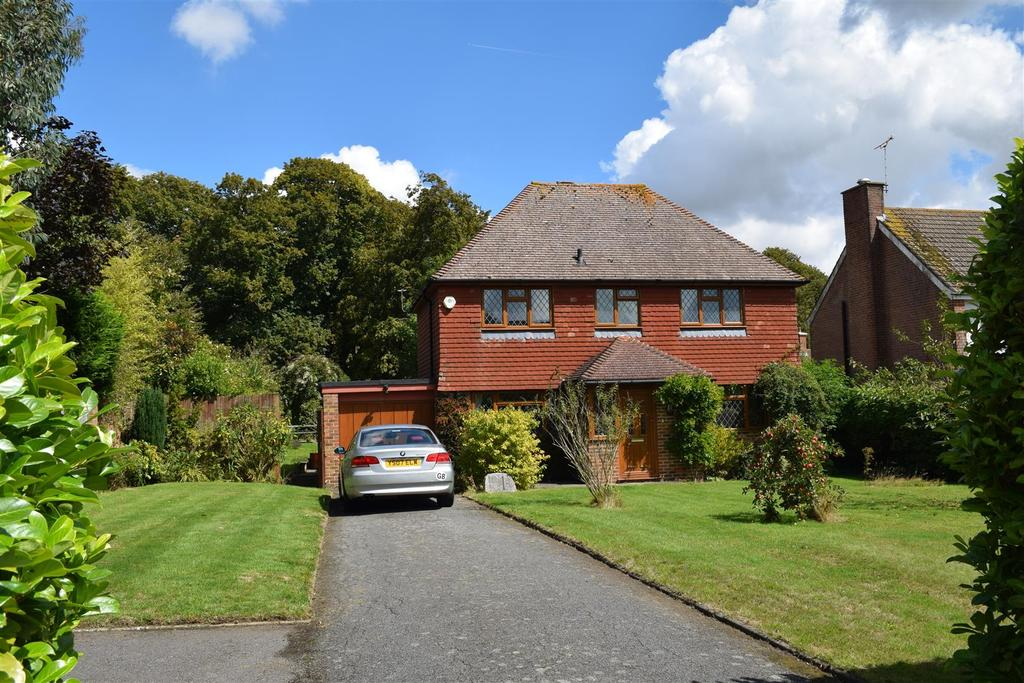 3 Bedrooms Detached House for sale in Mill Road, Rye