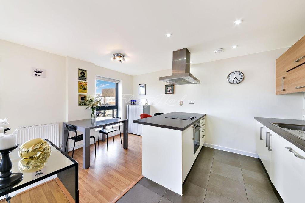 3 Bedrooms Flat for sale in Clarke Apartments, E3