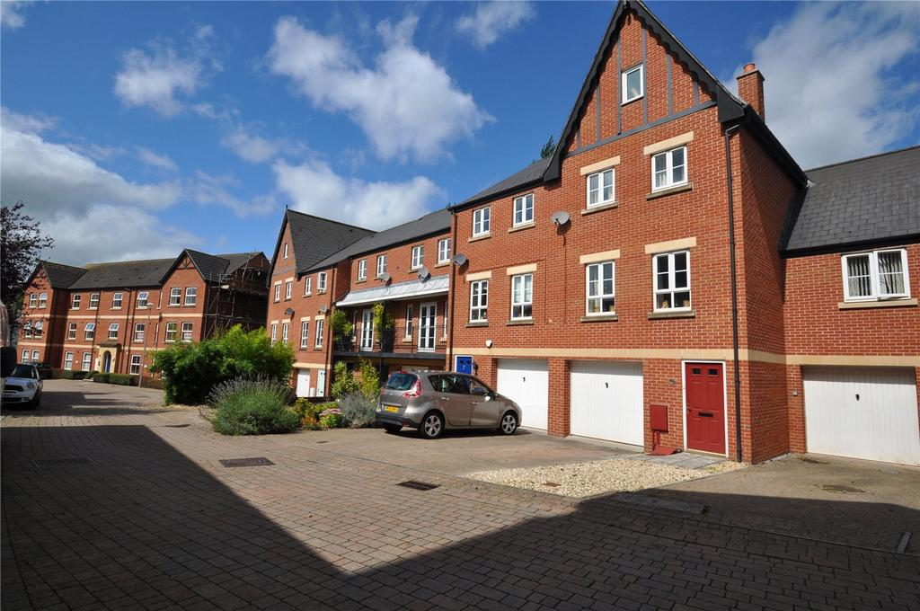 4 Bedrooms House for sale in Popham Close, Tiverton, Devon, EX16