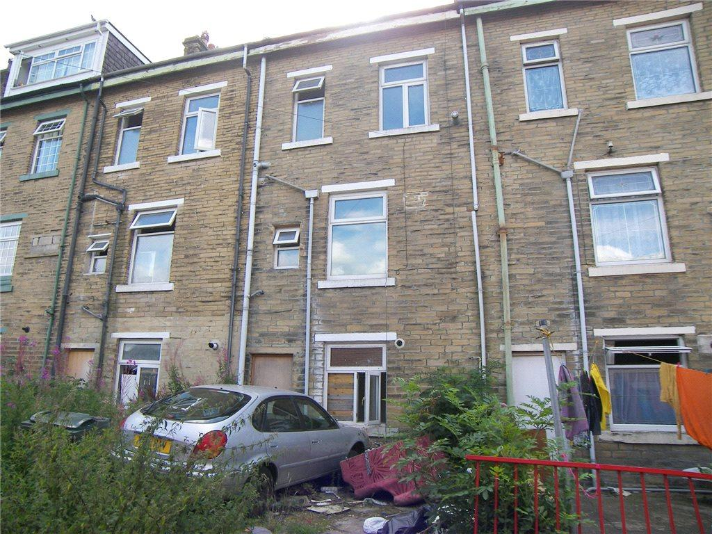 4 Bedrooms Terraced House for sale in Granville Road, Bradford, West Yorkshire