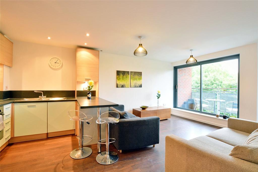 1 Bedroom Flat for sale in Bailey House, Berber Parade, Shooters Hill, London, SE18