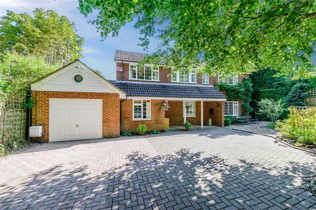 5 Bedrooms Detached House for sale in Pit Farm Road, Guildford, Surrey