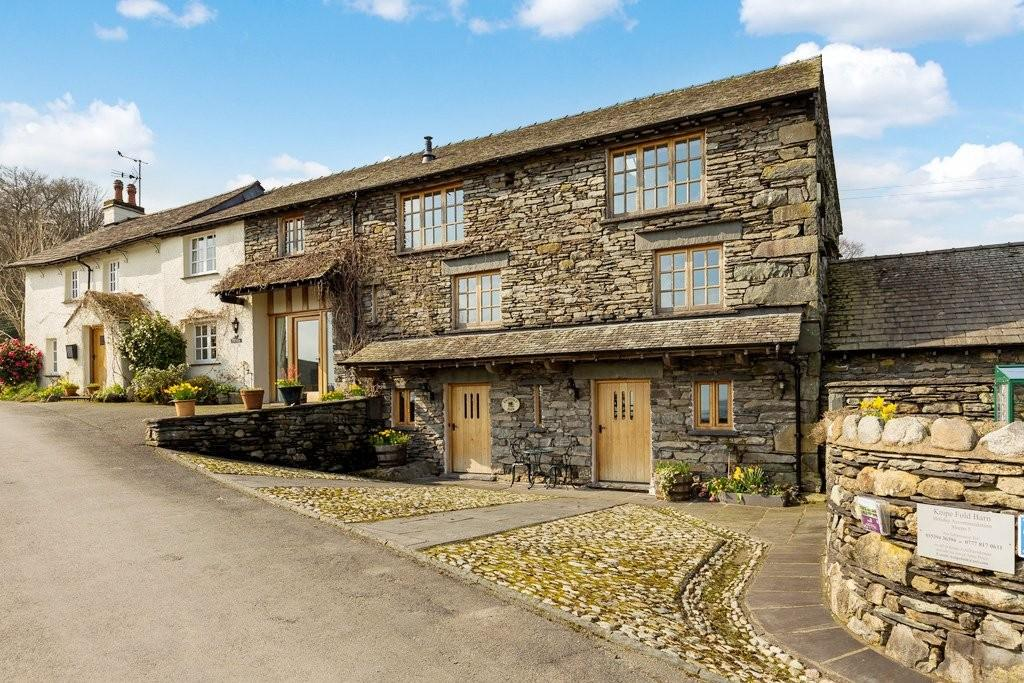 3 Bedrooms Barn Conversion Character Property for sale in Knipe Fold Barn, Outgate, Ambleside LA22 0PU