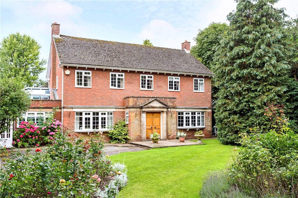 4 Bedrooms Detached House for sale in Broad Hinton, Swindon, Wiltshire, SN4