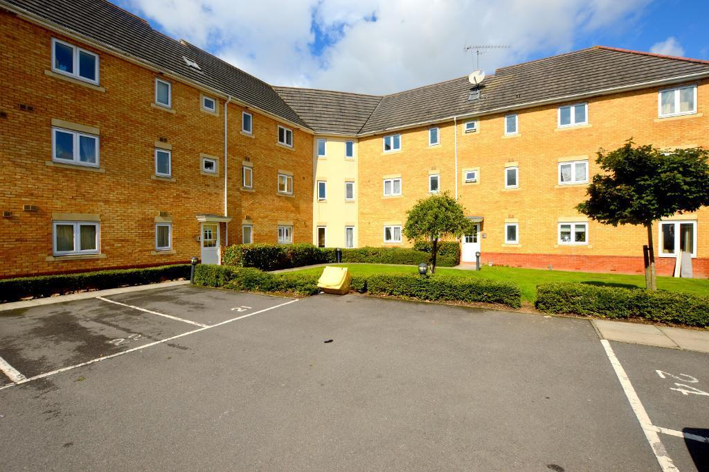 2 Bedrooms Apartment Flat for sale in Morgan Close, Luton, Bedfordshire, LU4 9GL