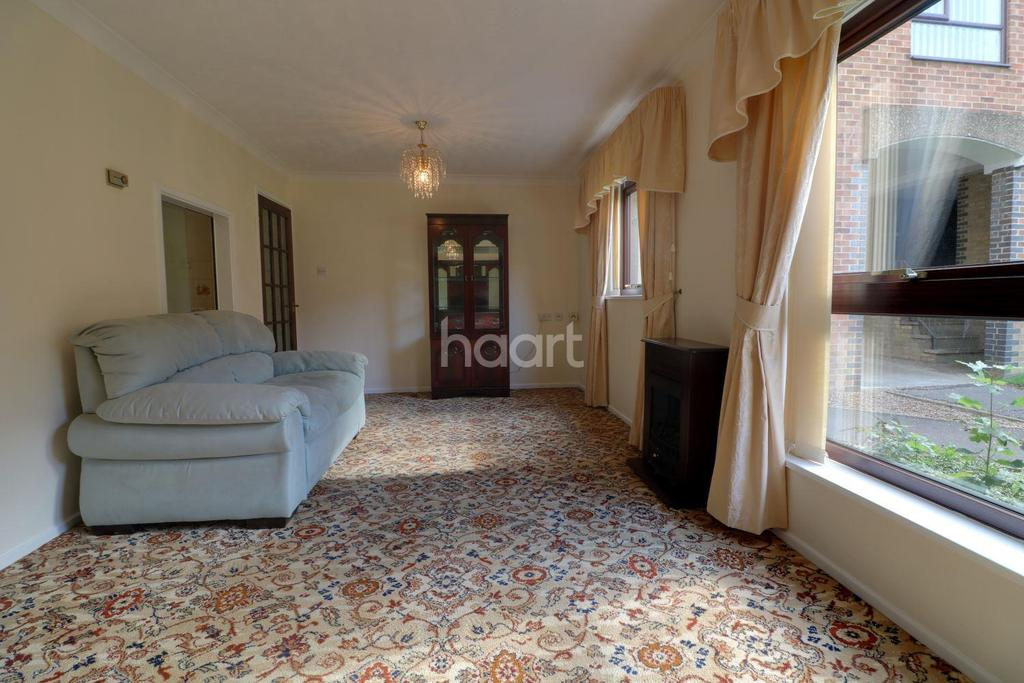 2 Bedrooms Flat for sale in Close to City Centre