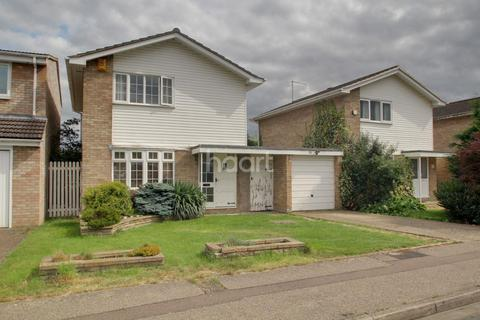 3 bedroom detached house for sale - Blandford Gardens, Peterborough