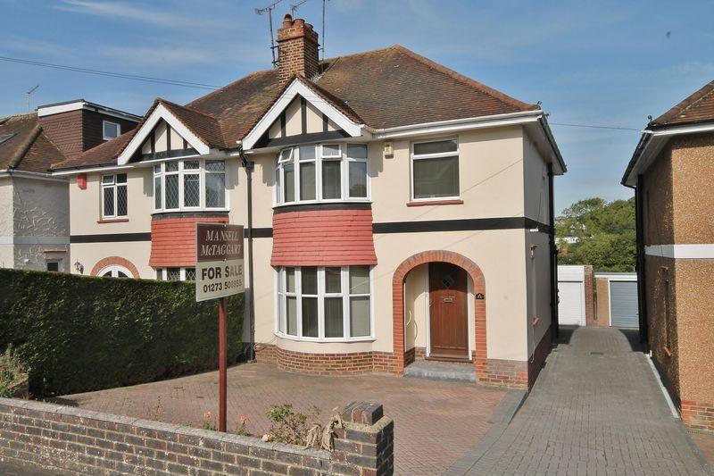 3 Bedrooms Semi Detached House for sale in Graham Avenue, Patcham, Brighton