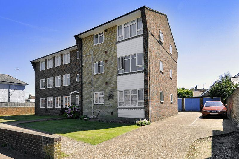 2 Bedrooms Apartment Flat for sale in Broadwater Street East, Worthing