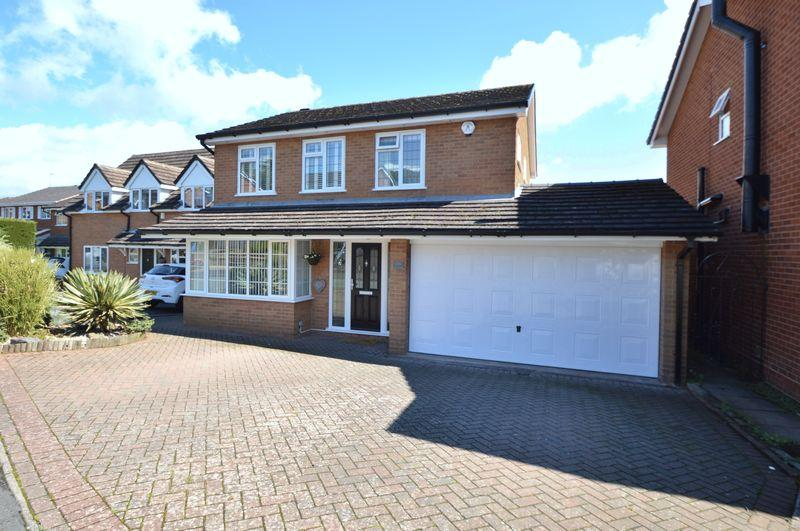 4 Bedrooms Detached House for sale in Hyperion Road, Stourton, Stourbridge