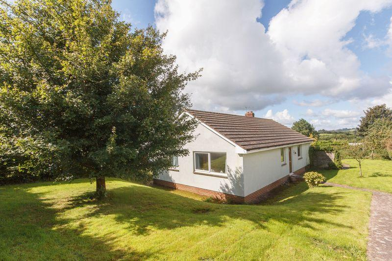 3 Bedrooms Detached Bungalow for sale in Highfield Close, Lapford