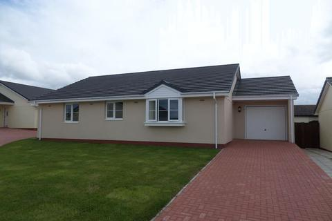 3 bedroom detached bungalow to rent - Chubby Croft Close, Hartland