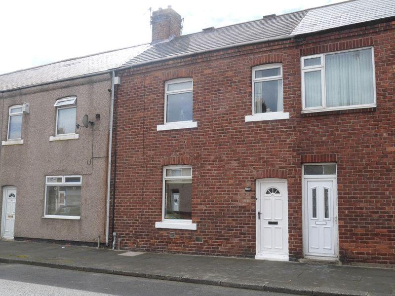 2 Bedrooms Terraced House for sale in Milburn Road, Ashington - Two Bedroom Terraced House