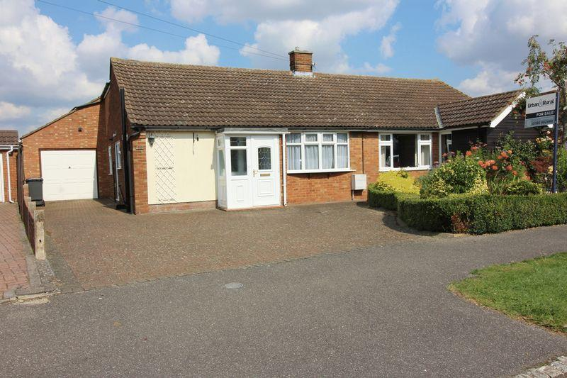2 Bedrooms Semi Detached Bungalow for sale in Barton-le-Clay