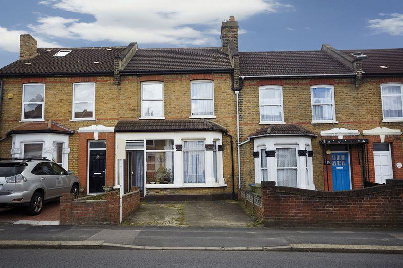 3 Bedrooms Terraced House for sale in Rochester Way, Eltham SE9