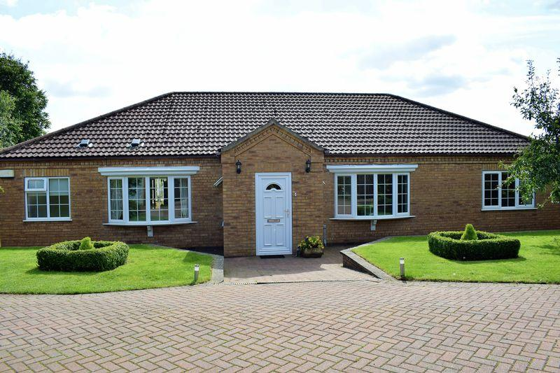 3 Bedrooms Bungalow for sale in New Road, Worlaby