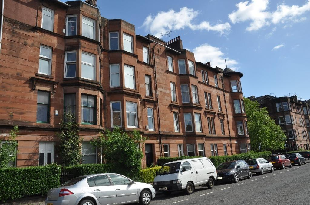 1 Bedroom Flat for sale in Tantallon Road, Flat 0/1, Shawlands, Glasgow, G41 3BD