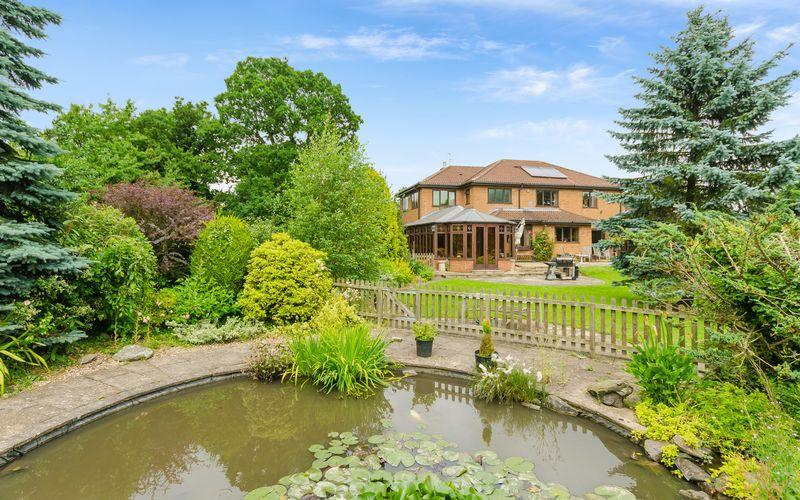 6 Bedrooms Detached House for sale in Coach House, Rand, Market Rasen