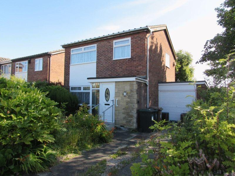 3 Bedrooms Detached House for sale in Acomb Avenue, Wallsend - Detached Three Bedroom House