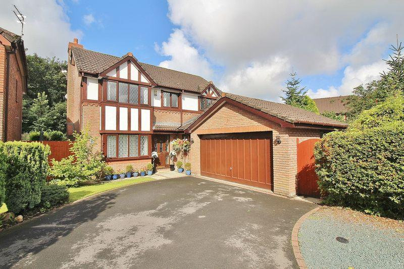 3 Bedrooms Detached House for sale in Maesbrook Close, Southport