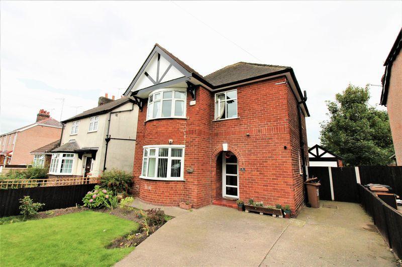 3 Bedrooms Detached House for sale in Welsh Road, Garden City, Deeside