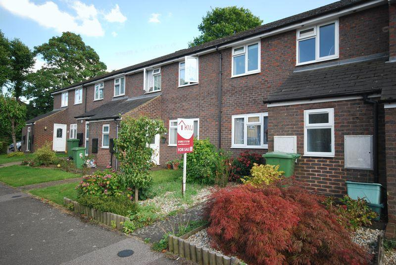 3 Bedrooms Terraced House for sale in Fremlin Close, Tunbridge Wells