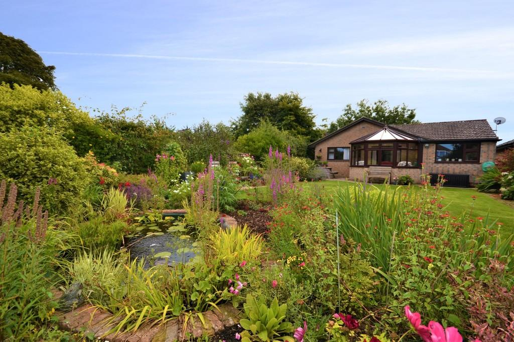 3 Bedrooms Detached Bungalow for sale in Bembridge, Isle Of Wight