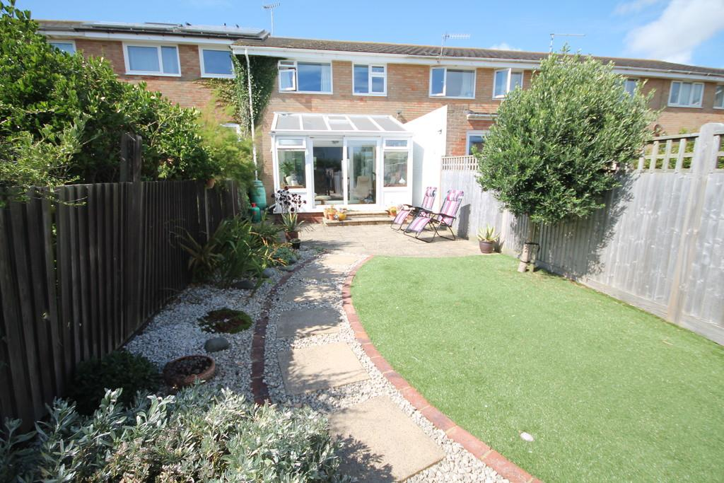 3 Bedrooms Terraced House for sale in Kings Crescent, Shoreham-by-Sea, BN43 5LE