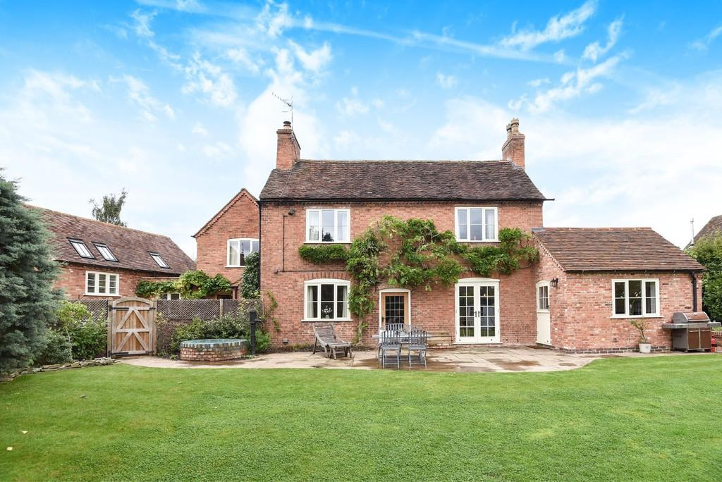 4 Bedrooms Detached House for sale in Snitterfield Street, Hampton Lucy