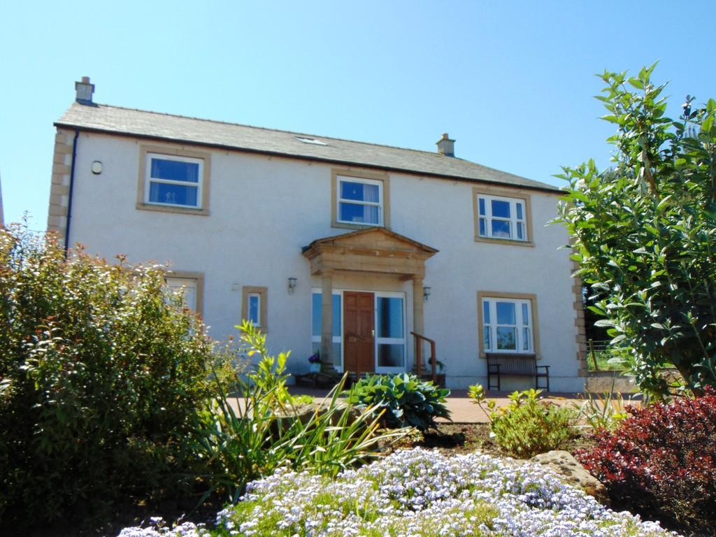 5 Bedrooms Detached House for sale in The Oaks, Wigton