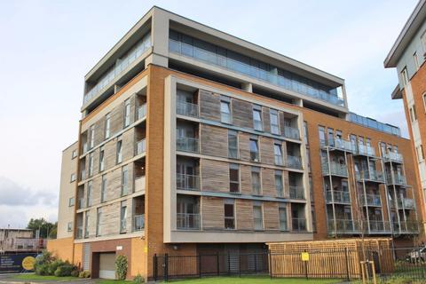 2 bedroom apartment to rent - Pioneer House, 1c Elmira Way,  Salford, M5