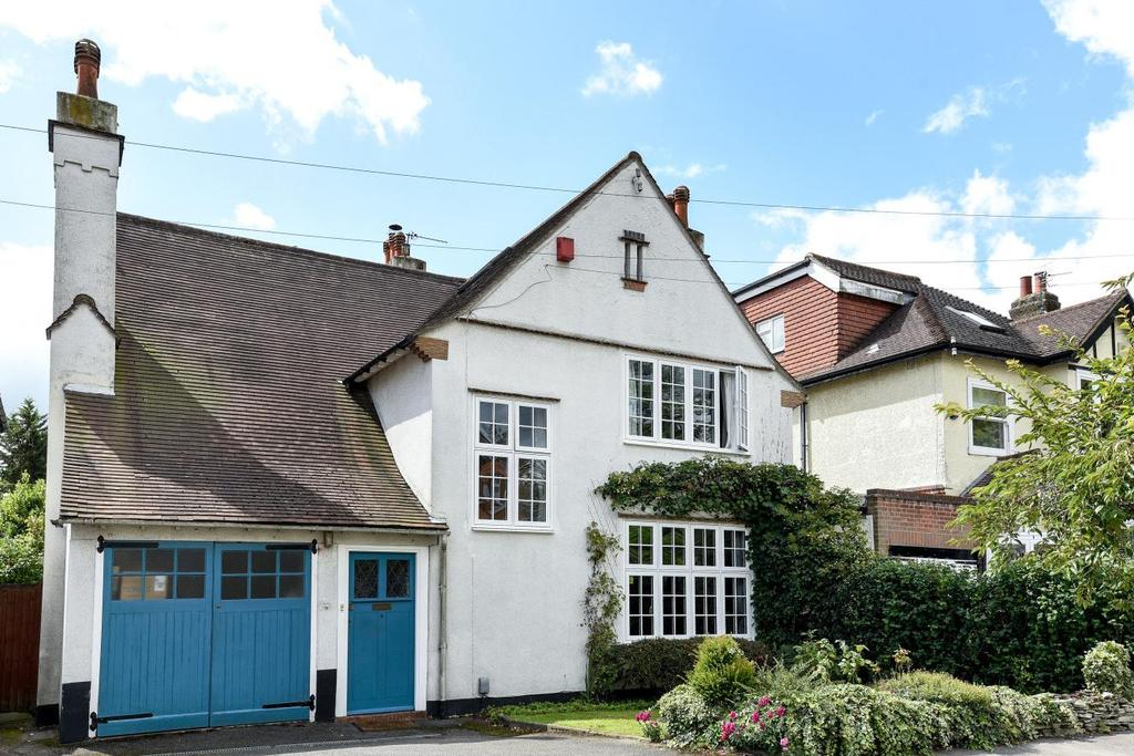 4 Bedrooms Detached House for sale in Claremont Road, Bromley