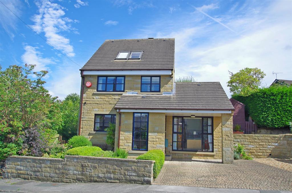 4 Bedrooms Detached House for sale in Cockley Hill Lane, Huddersfield