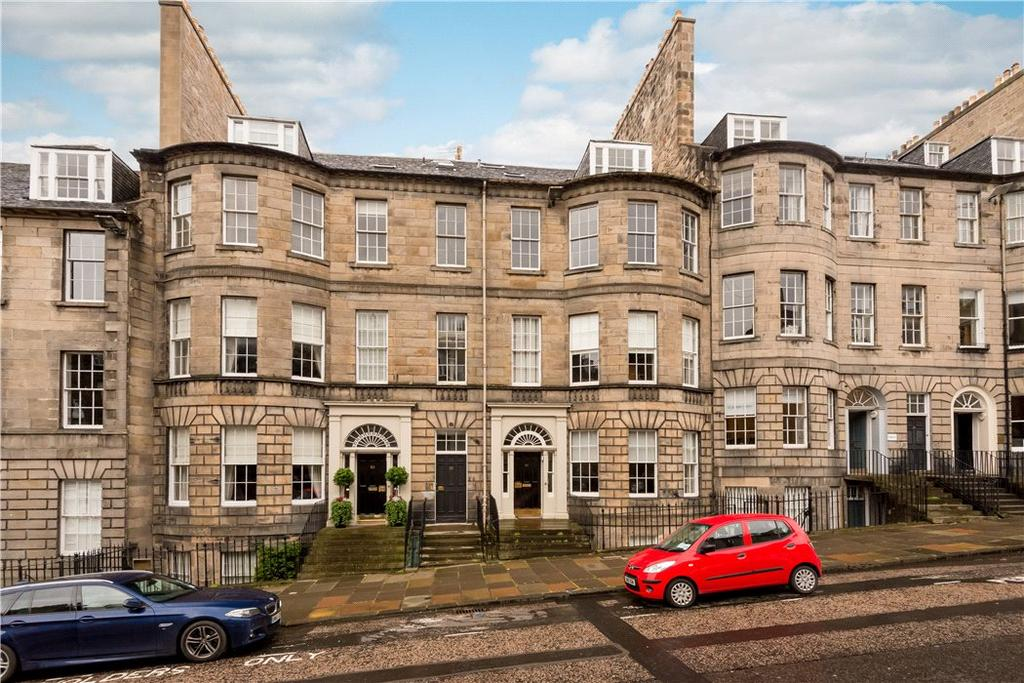 3 Bedrooms Flat for sale in North Castle Street, Edinburgh, Midlothian, EH2