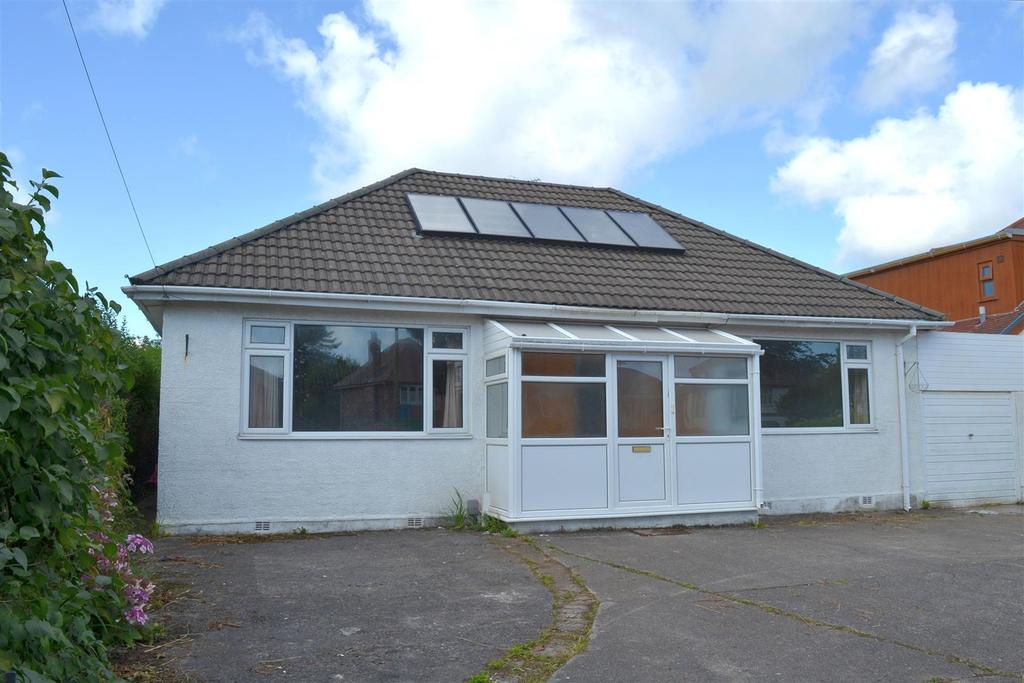 4 Bedrooms Detached Bungalow for sale in Gower Road, Killay, Swansea