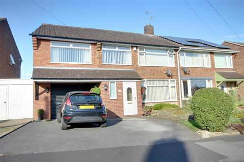 4 bedroom semi-detached house for sale - Kerry Pit Way, Kirk Ella, Hull