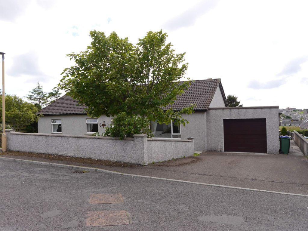 3 Bedrooms Detached Bungalow for sale in 43 Reid Crescent, Kirkwall